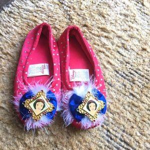 Adorable little girls Disney sleeping beauty shoes